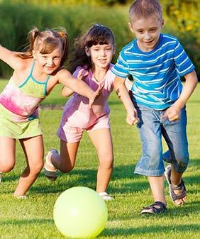 Udendørs lege og aktiviteter